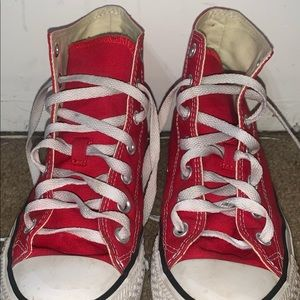 Women's 7 Red High-top Converse